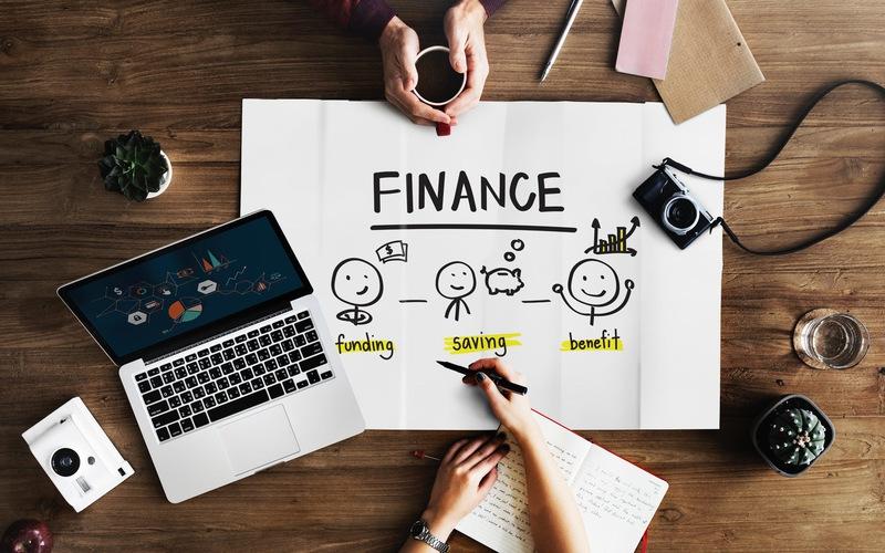 Có rất nhiều cách để ta làm ra tiền bằng công nghệ, thông qua các công việc trực tuyến