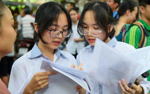 Đáp án đề thi vào lớp 10 môn chuyên Tiếng Anh năm 2021 Hà Nội