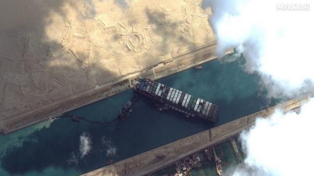 Tắc nghẽn Kênh đào Suez dấy lên nỗi lo về nguồn cung trên thị trường dầu