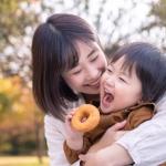 Phương pháp Shichida: Học cách dạy con ngoan từ người Nhật với 'cái ôm 8 giây' và '5 phút thủ thỉ'