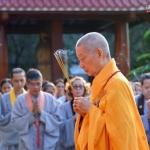 Hòa thượng Thích Trí Quảng: Hãy luôn sống với tinh thần giúp đỡ cộng đồng