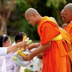Vay phước của Phật để hóa giải ác nghiệp quá khứ