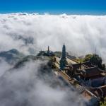 Chiễm ngưỡng những kỳ quan tâm linh tuyệt đẹp được xây dựng trên độ cao 3000m