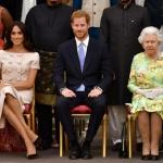 Hoàng gia Anh đối mặt với 'cuộc khủng hoảng lớn nhất từ 1997' sau khi vợ chồng Meghan - Harry thực hiện cuộc phỏng vấn 'bom tấn'