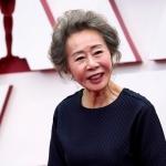 'Bà ngoại quốc dân' Youn Yuh Jung vừa giành giải Oscar ở hạng mục diễn xuất tài năng thế nào?
