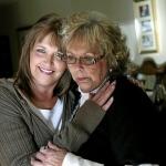 Hành trình 'rũ bùn nghiện ngập' làm lại cuộc đời, trở thành giáo sư của bà mẹ 2 con