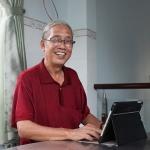 Nể phục ông chủ quán bún bò góa vợ, 20 năm nuôi 50 người dưng, có 'con' du học và thành tài ở Nhật
