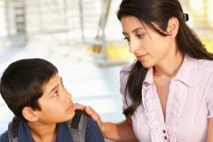 Con trai bị nghi trộm tiền và cách xử lý thông minh của người mẹ khiến ai cũng nể phục