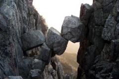Truyền thuyết về sự tái sinh và cuộc sống vĩnh hằng ở cầu Bất Tử trên núi Thái Sơn