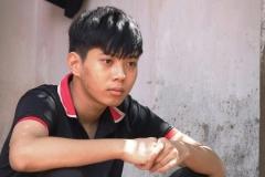 Hoàn cảnh bi đát 'bóp nghẹt' ước mơ ĐH của cậu học trò xứ Thanh: Bố mất, mẹ bỏ đi, ông bà ốm đau triền miên